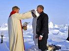 全世界第一场北极婚礼勇敢新人不惧严寒宣誓
