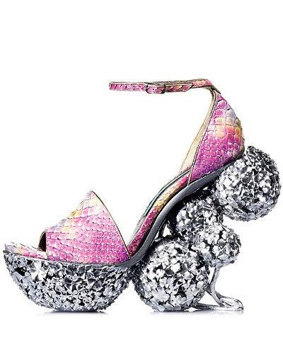 麦昆设计师创意高跟鞋图片