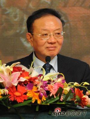 中国国际经济交流中心副理事长兼秘书长:魏建国