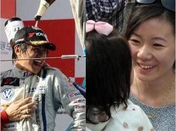 图集:韩寒夺年度总冠军疑妻子携爱女助阵