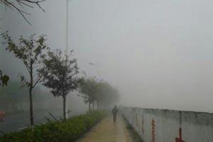 观音山消失在雾中
