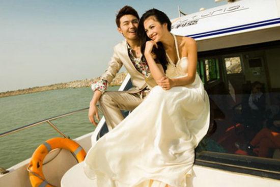 游艇出海婚纱拍摄
