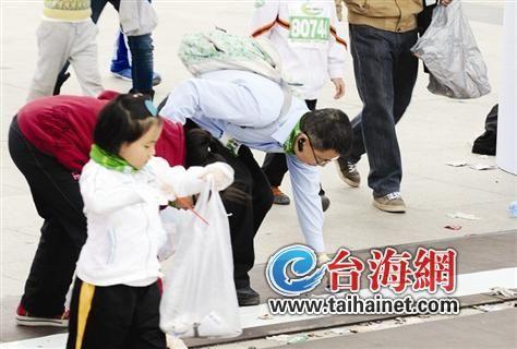 500家庭捡垃圾