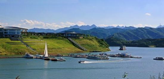 太极湖,位于世界文化遗产,道教圣地,国家5a旅游景区武当山下,水域