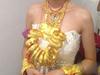 嫁女一脖子黄金