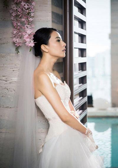 女神高圆圆穿过的嫁衣