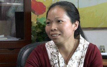 厦门女性公益人罗丽英 陪伴自闭症儿童11年的老师