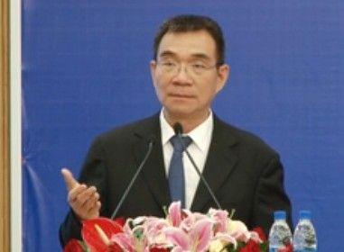 林毅夫:计划经济遗留的保护性补贴体现的三个领域